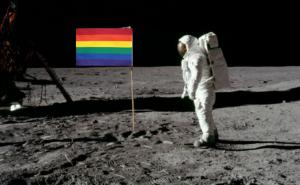 阿姆斯壯&彩虹旗
