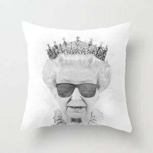 Pillow Queen (誤)。圖片來源:www.houzz.com