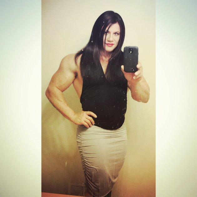 建立比賽世界冠軍及紀錄保持者 Janae Marie Kroc,最近透過自己的 instagram 出櫃跨性別身份