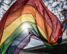 【有稿來Q】#LwiththeT 女同志力挺跨性別
